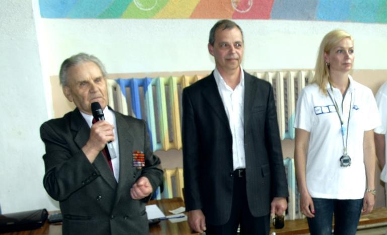 Завершился открытый чемпионат города по плаванию в честь А.И.Черепа (добавлено видео награждения пловцов)