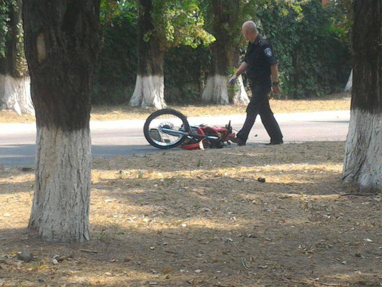Жизнь молодого парня спас шлем!