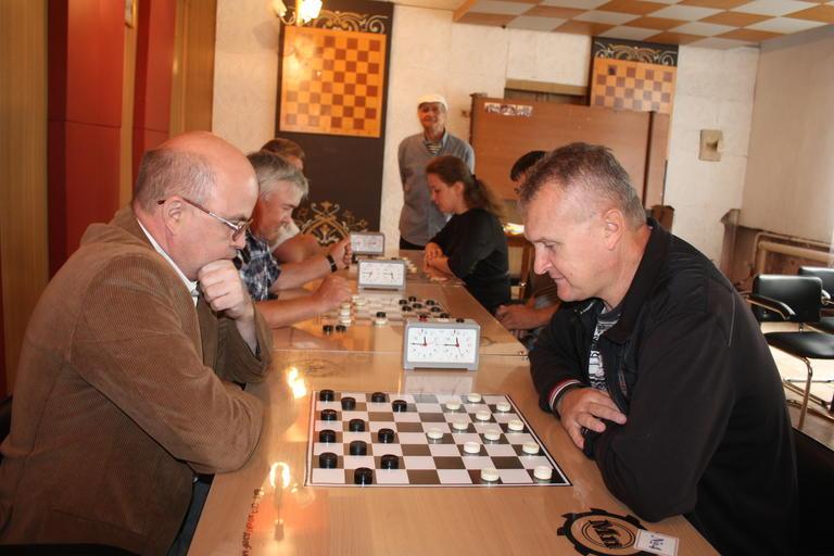 Игорь Воронкин – чемпион Покрова по шашкам 2016 года