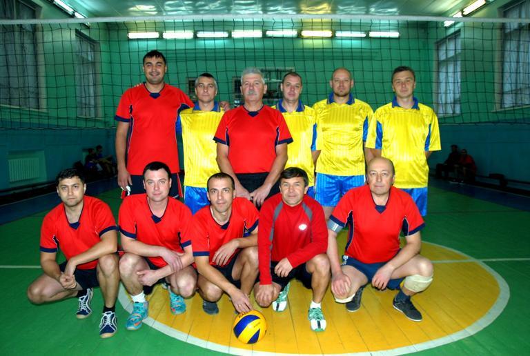 Определились финалисты Кубка профкома по волейболу