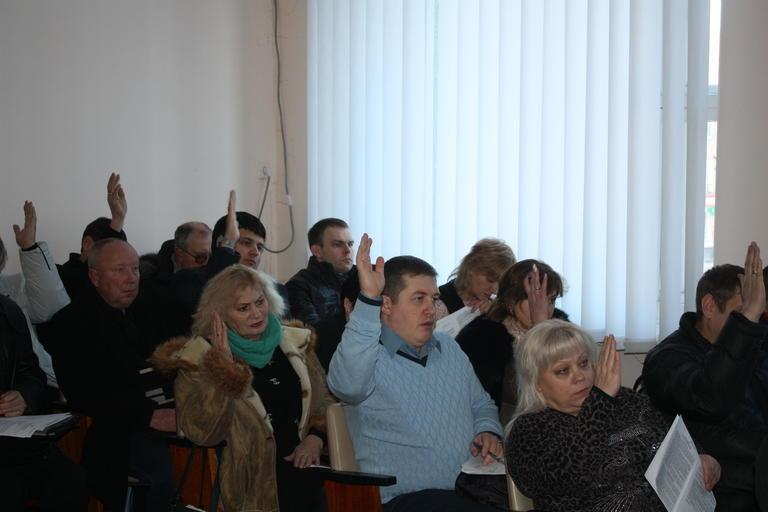 На сессии выделили средства на индивидуальное отопление и приняли четыре городские программы