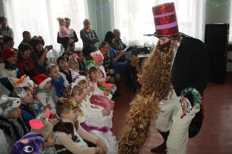 Новогодний утренник в Александровской школе