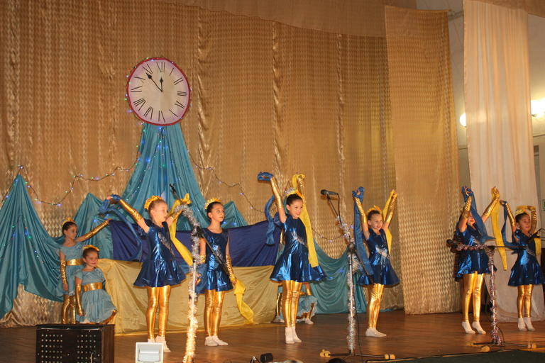 Новогодний концерт юных талантов города (+ВИДЕО)