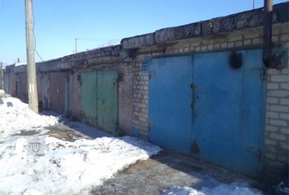 На Днепропетровщине полицейские разыскали разбойников, которые ночью избили и ограбили жителя г. Покров