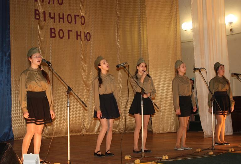 Песенный фестиваль ко Дню освобождения города (+ВИДЕО)