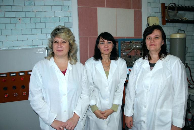Санитарно-промышленная лаборатория. На контроле безопасности труда