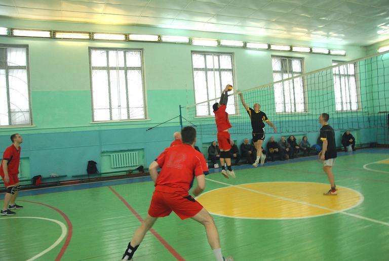 Волейбол. Горячие поединки 1-го тура