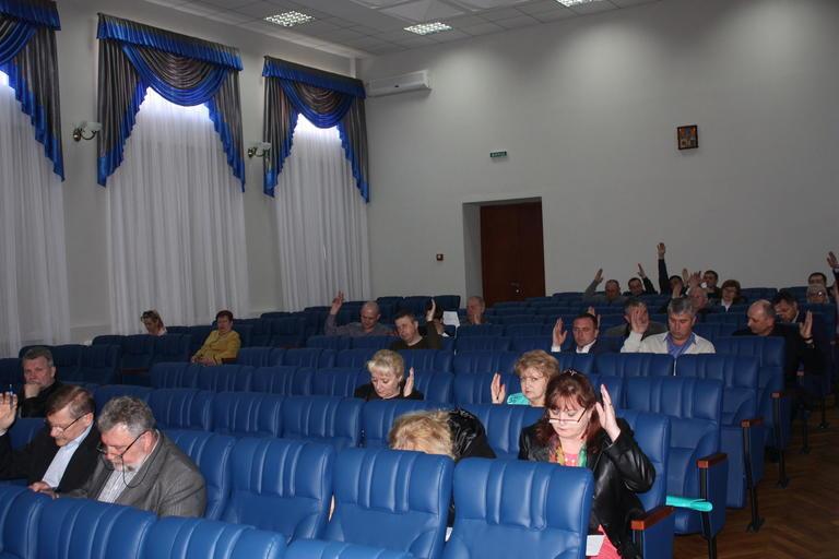 Долги  «Орджоникидзетеплоэнерго» и список присяжных: прошла очередная сессия горсовета (+ВИДЕО)