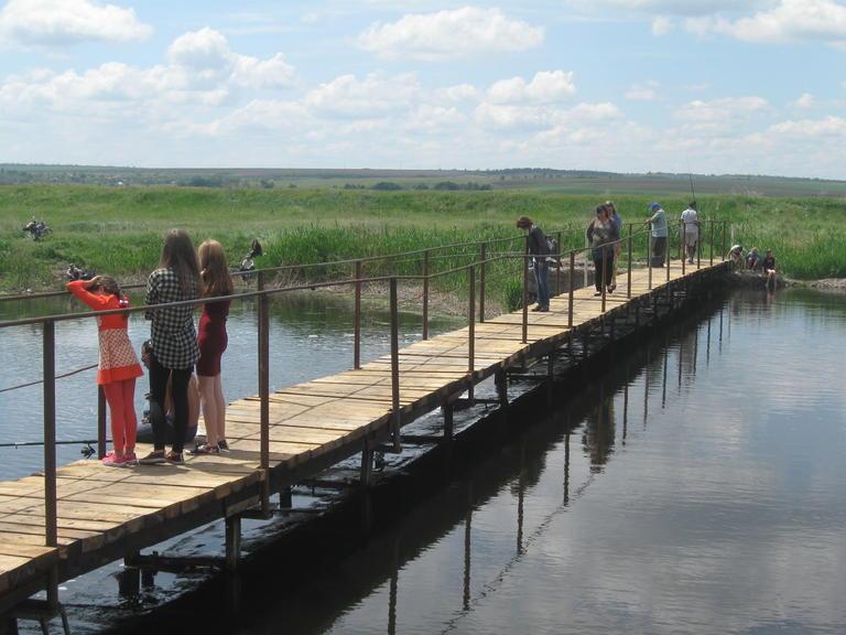 Открытие пешеходного моста через Базавлук