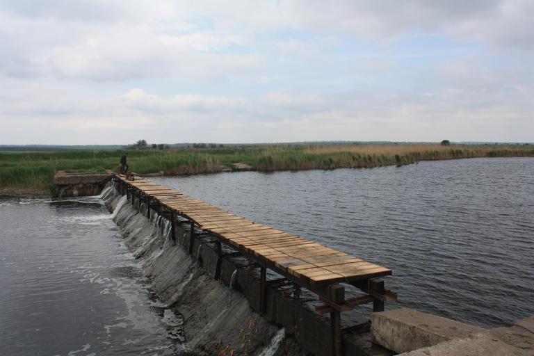 Восстановление моста через Базавлук подходит к концу (ВИДЕО)