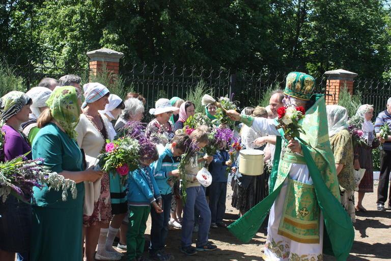 Покров отпраздновал Троицу (ФОТО, ВИДЕО)