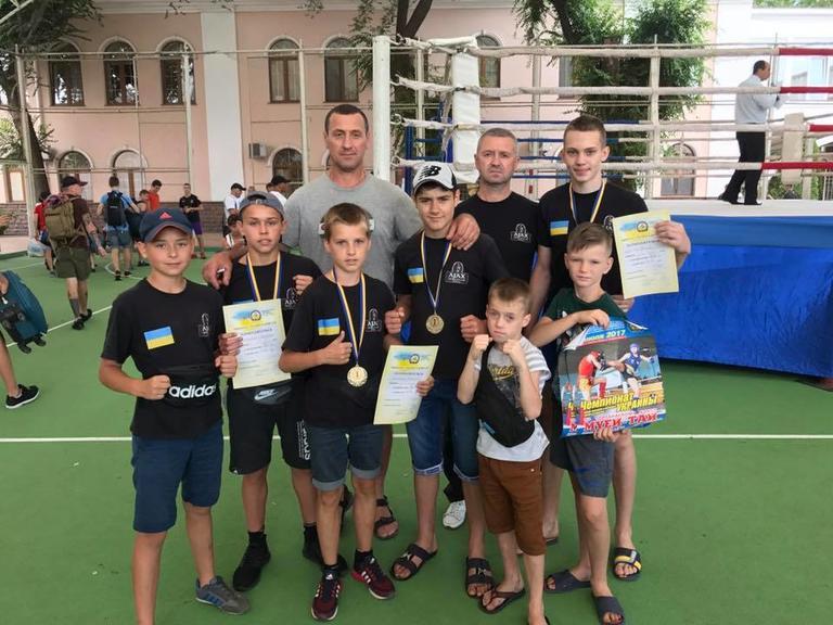 Шість медалей і путівка на Чемпіонат Світу