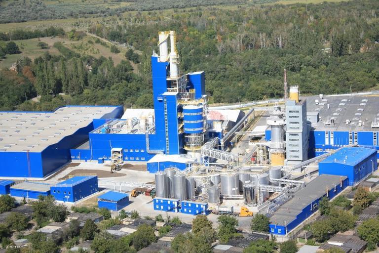 Письма читателей: на химическом заводе происходят периодические выбросы?