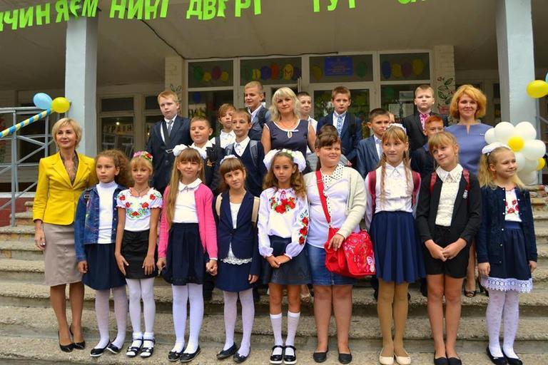 Комунальний заклад «Середня загальноосвітня школа №9»  втридцяте гостинно відчинив свої двері