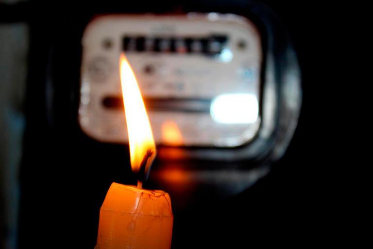 Письма читателей: Обеспокоены частыми отключениями электричества