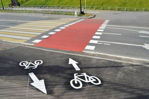 Листи читачів: Чи потрібні місту велосипедні доріжки?