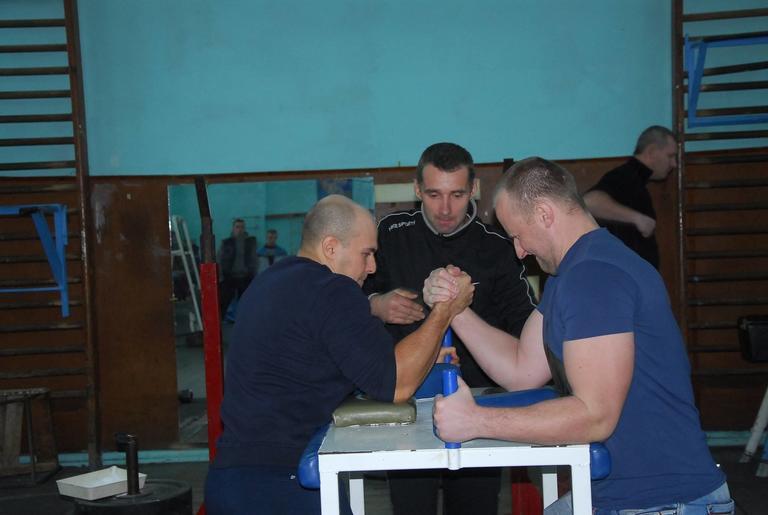 Соревнования по армрестлингу среди цехов 1 группы ГОКа (ФОТОРЕПОРТАЖ)