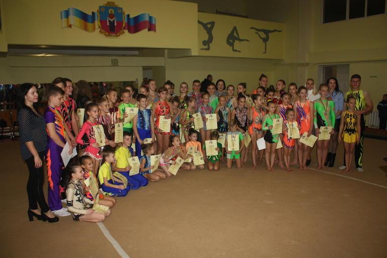 Спортивные акробаты Покрова – снова среди лучших (добавлено ВИДЕО)