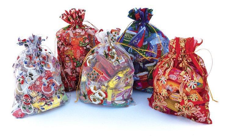 Профсоюзный комитет ГОКа закупил новогодние подарки для детей на сумму почти 160 тысяч гривен!