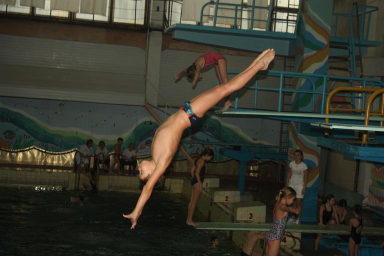 В Покрове прошли Всеукраинские соревнования по прыжкам в воду (обновлено, добавлено ВИДЕО)
