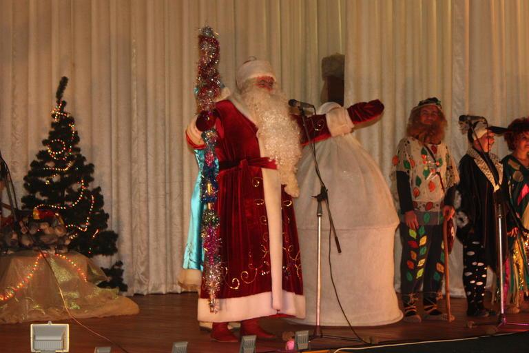 Новогодняя сказка «Волшебные огоньки» от народного театра «Премьера» (ФОТО, ВИДЕО)