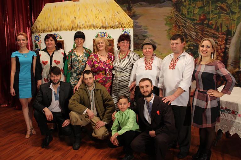Театральна вистава – у подарунок жінкам Покровського (ФОТО, ВІДЕО)