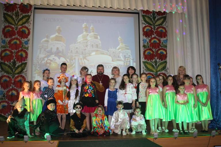 В Доме творчества прошёл городской праздник, посвященный Пасхе (добавлено ВИДЕО)