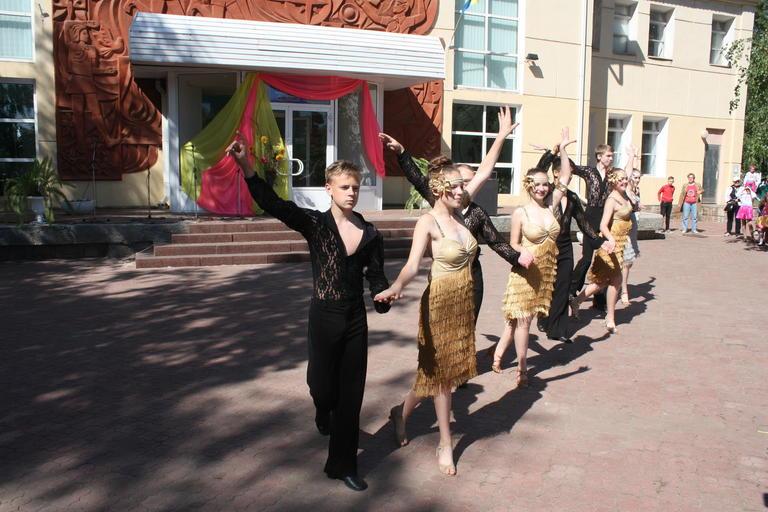 Жители Покрова приобщились к благотворительности (ФОТО, ВИДЕО)