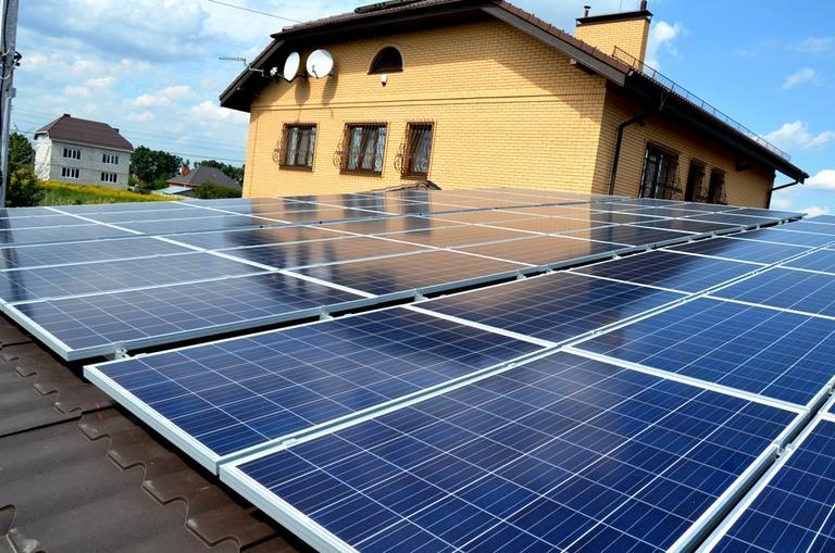 Дивиденды от Солнца: за солнечные месяцы просьюмеры Днепропетровской области заработали на домашних электростанциях почти 29 млн грн.