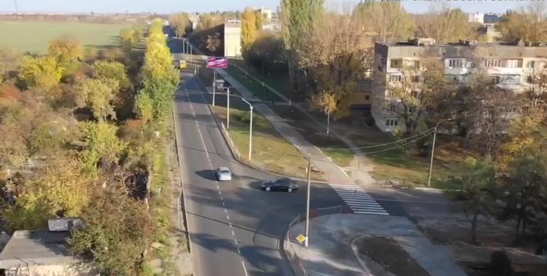 Областное руководство рассказало, как децентрализация помогает ремонтировать дороги в Покрове (ВИДЕО)