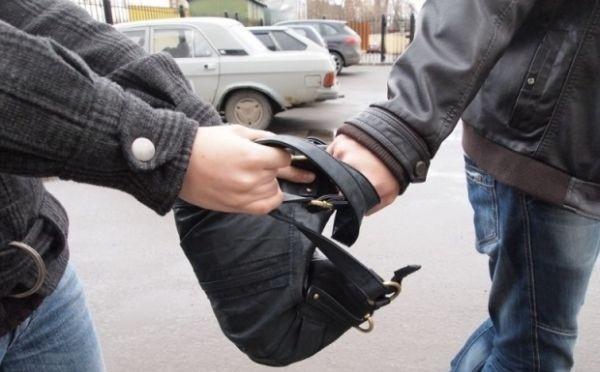 В Никополе поймали мошенника, оформившего кредит на похищенные документы