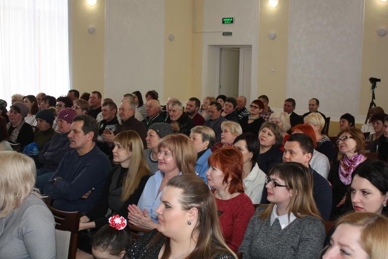 Работников ЖКХ поздравили с профессиональным праздником (ВИДЕО)