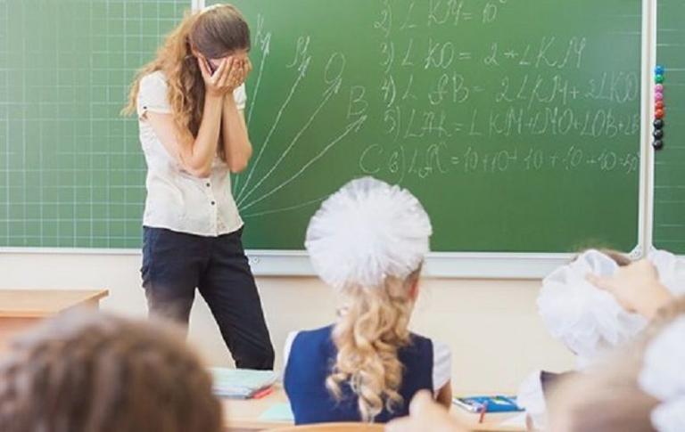 Школьника впервые наказали за буллинг в отношении учителя