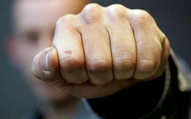 Депутат и сын городского головы Владислав Шаповал напал на журналиста