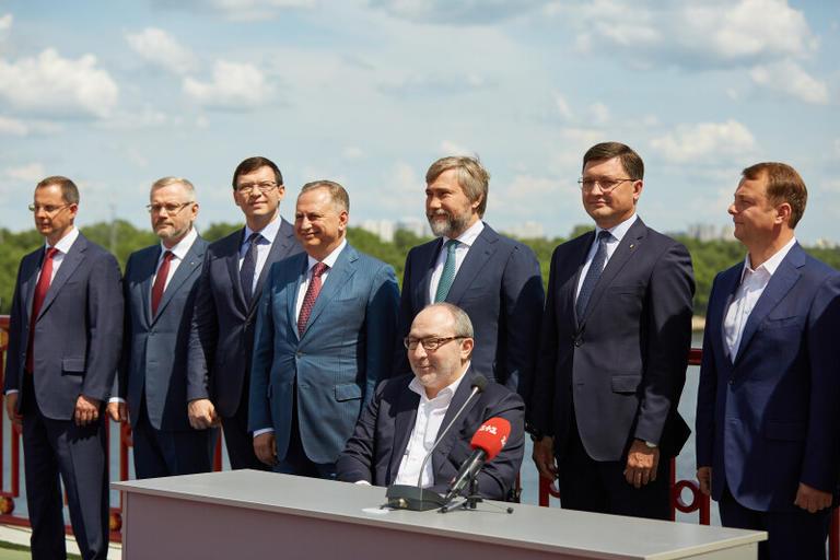 Партии «Оппозиционный блок», «Наши», «Відродження», «Доверяй Делам», «Партия мира и развития» пойдут на парламентские выборы вместе