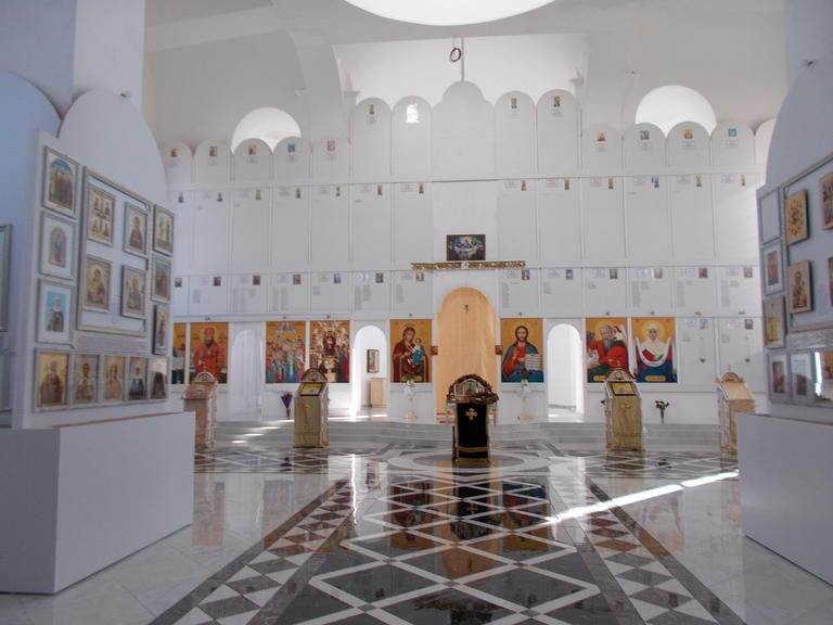 Накануне престольного праздника храма святого апостола и евангелиста Иоанна Богослова в городе Покрове...