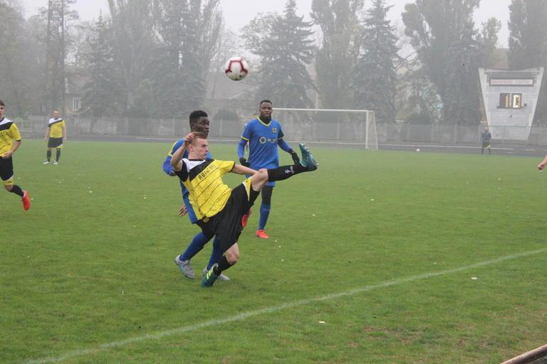 Футбол: «Авангард» успешно провел последний домашний матч в сезоне (ФОТО, ВИДЕО)