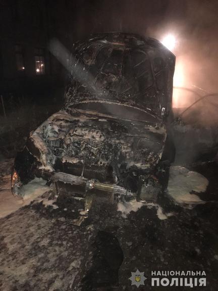 За підпал автомобіля поліцейського затримали жителя м. Покров