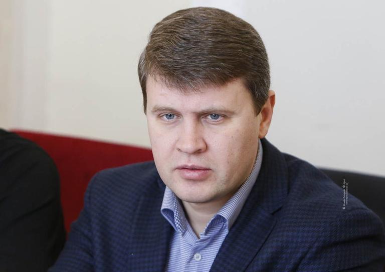 Вадим ІВЧЕНКО: «Продаємо Україну. Дешево»