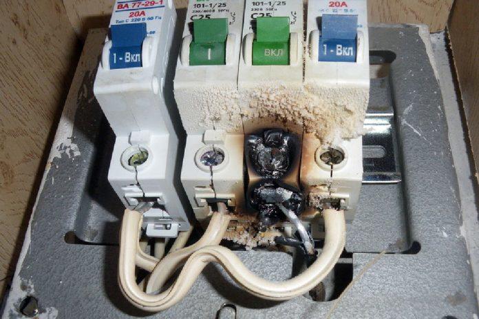 Как обезопасить электросети своего дома от перегруза: ТОП-5 советов
