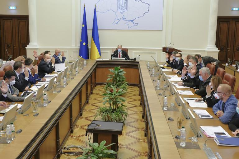 Уряд запровадив режим надзвичайної ситуації по всій території України та продовжив карантин до 24 квітня