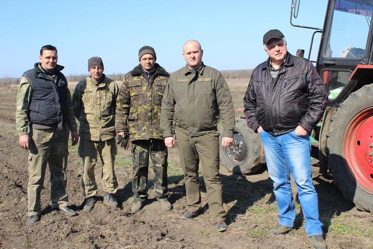 Возле Покрова высадят 44 тысячи акаций (ВИДЕО)