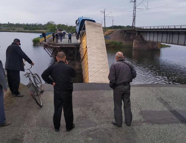 «Мост в Алексеевке будет восстановлен в первую очередь» - руководитель Укравтодора