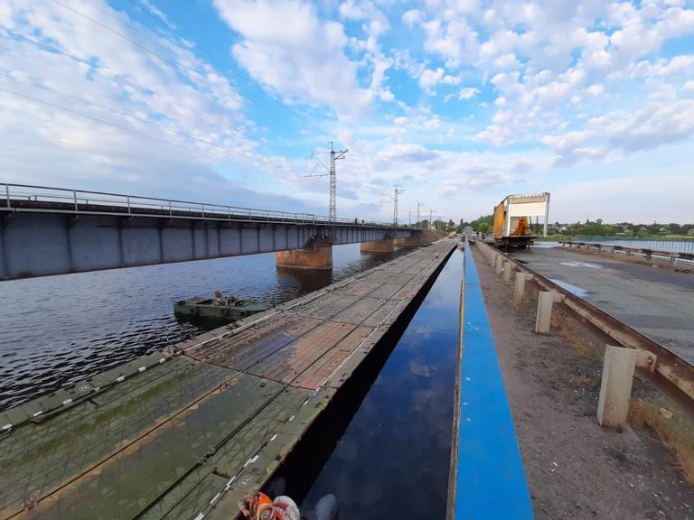 «Понтонный мост в с. Алексеевка полностью готов» - Александр Бондаренко