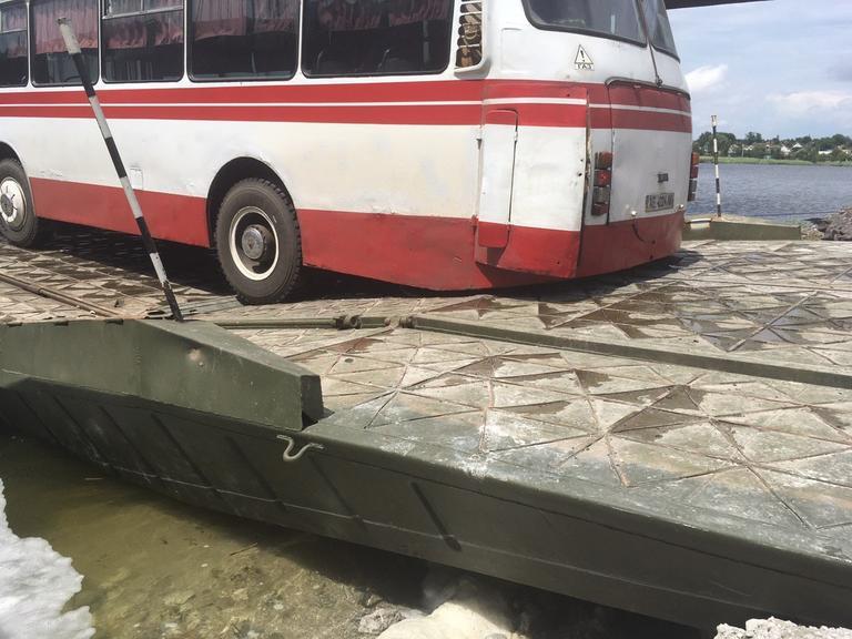 Открытие движения через понтонный мост возле Алексеевки откладывается