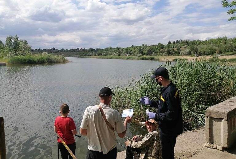 г. Покров: сотрудники ГСЧС провели профилактическую работу по недопущению несчастных случаев на воде