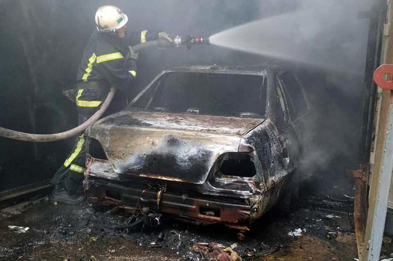 В Покрове в гараже сгорел автомобиль