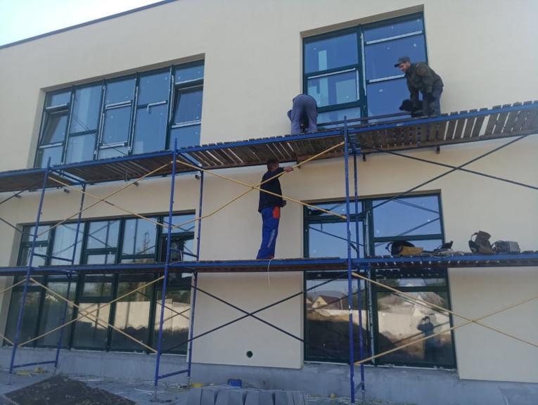 У Покрові виконали вже близько 80% робіт з будівництва нового дитсадка