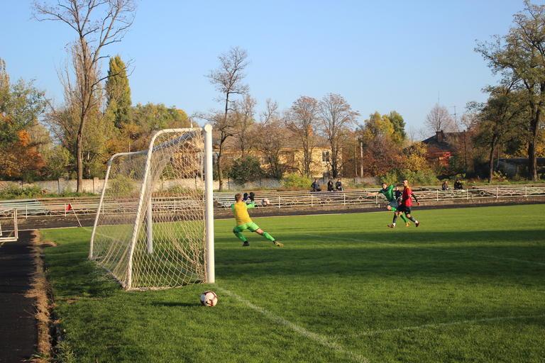 Покровский «Авангард» завершил футбольный год уверенной кубковой победой