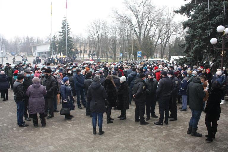 Жители Покрова требовали возвращения льгот на коммунальные услуги (ВИДЕО)